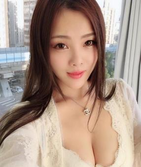 Australia Escorts-Peach-asian-escorts-Private-Bathurst-cbd-Escorts
