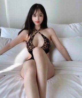 Australia Escorts-Yuri-asian-escorts-Private-Melbourne-escorts-cbd-Escorts