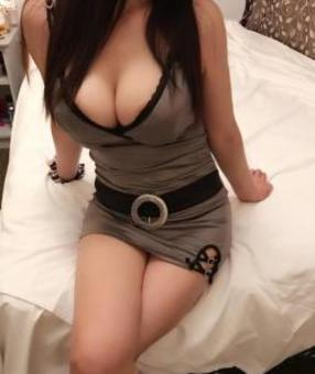 Australia Escorts-Julie-asian-escorts-Private-Perth-applecross-Escorts
