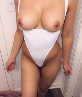 Australia Escorts-Rose-asian-escorts-Private-Sydney-escorts-burwood-Escorts