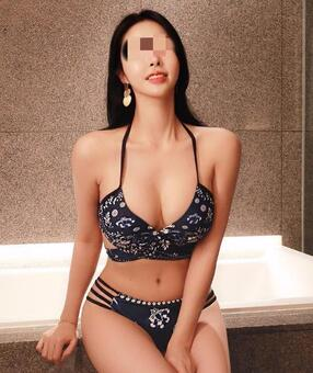 Australia Escorts-Emily-asian-escorts-Private-Sydney-escorts-mascot-Escorts