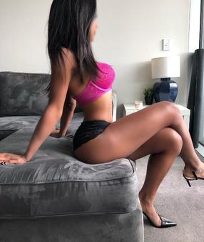 Australia Escorts-Nisha-asian-escorts-Private-Sydney-hurstville-Escorts