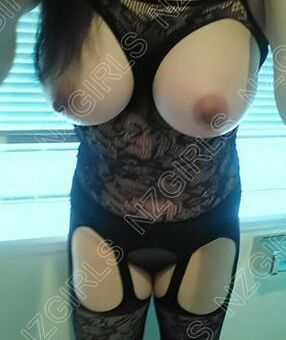 New Zealand Escorts-Cowgirl-asian-escorts-Agency-Auckland-escorts-panmure-Escorts