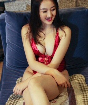 New Zealand Escorts-Candy-asian-escorts-Private-Auckland-escorts-henderson-Escorts