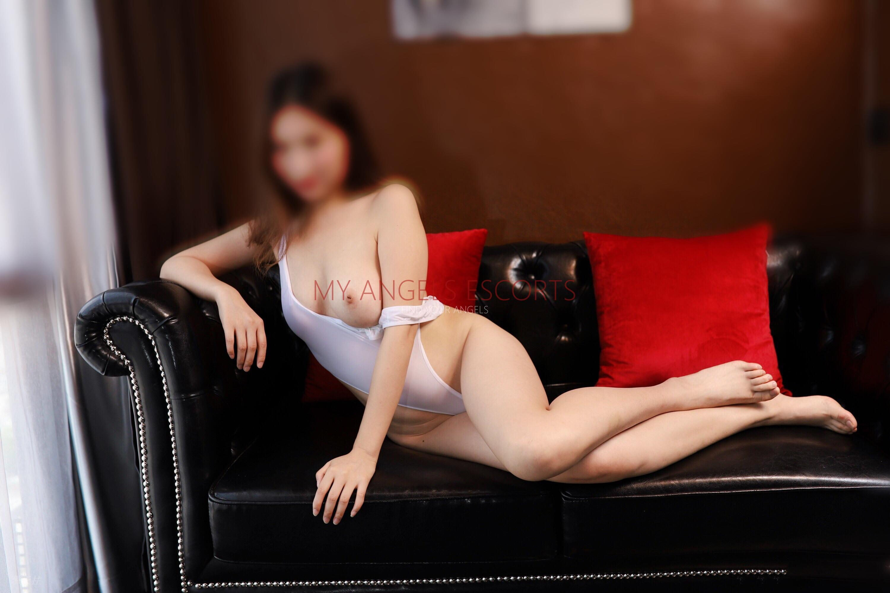 New Zealand Escorts-Molly-asian-escorts-Private-Auckland-escorts-mount-roskill-Escorts-6