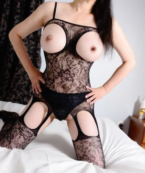 New Zealand Escorts-Cowgirl-asian-escorts-Private-Auckland-escorts-panmure-Escorts