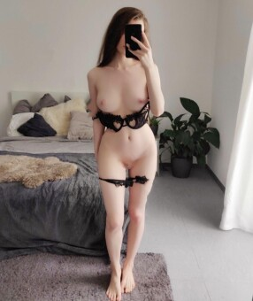 New Zealand Escorts-MiMi-asian-escorts-Private-Auckland-escorts-birkenhead-Escorts