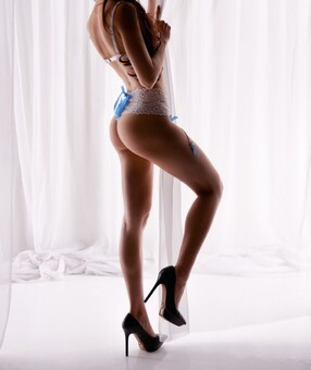 New Zealand Escorts-Kali-sensual-massage-Agency-Auckland-escorts-point-chevalier-Escorts